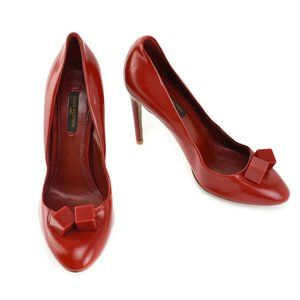 """LOUIS VUITTON: Red, Leather & Logo """"Dice"""" Heels"""